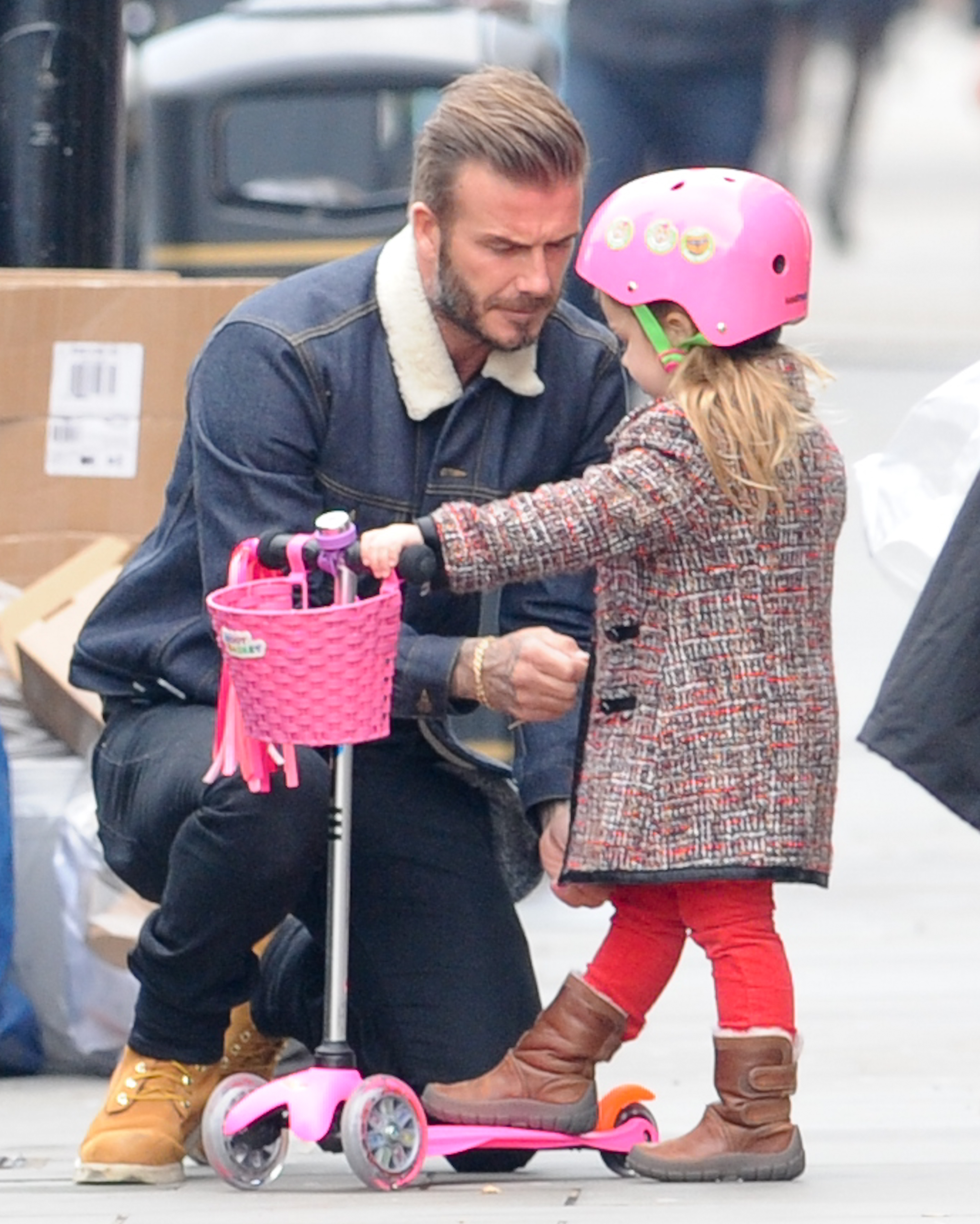 David & Harper Beckham, seen out in Notting Hill, London. 2nd Edit 13 January 2015. Please byline: Vantagenews.co.uk UK clients should be aware children's faces may need pixelating.